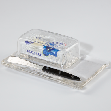 "Butter dish with ""Panorama Knife"""