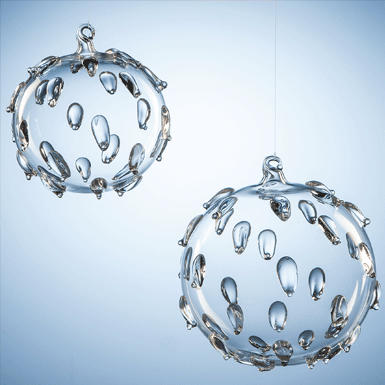 Ball with drops